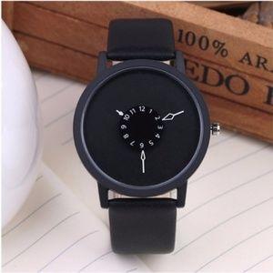 ❤️NEW❤️ Unisex Creative Design Leather Watch